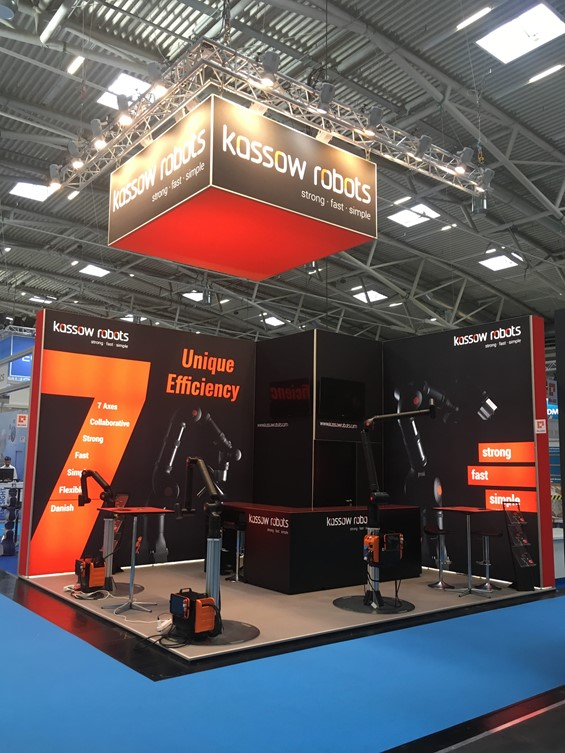 kassow robots stand at automatica