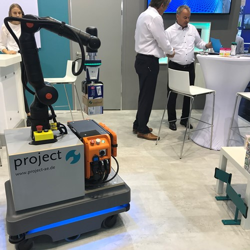 "TRADE FAIR SPOT ""FachPack 2019"" / Kassow Robots and MiR take an automation step together 191022_Fachpack19_Mir_KR_01.JPG"
